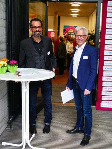 Pfarrer Sigloch und Kirchengemeinderat Weinmann